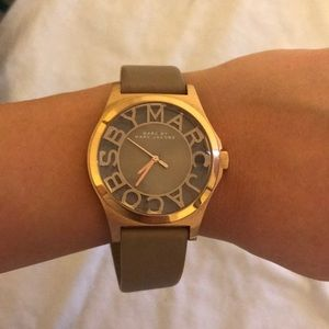 Marc jacobs watch leather strap in gold